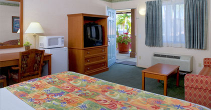 Deluxe Room with 1 King Bed or 2 Queen Beds & Micro/Fridge at Old Town Inn